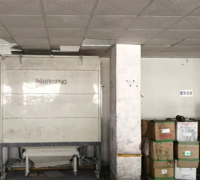 大型喷粉设备车间
